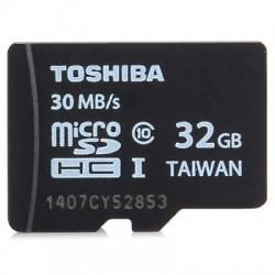 Toshiba. Карта памяти на 32Gb 10 class. С водозащитой и защитой от рентгеновского облучения.