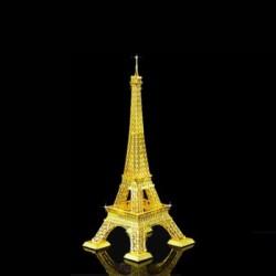 Металлический конструктор опоры ЛЭП, известной также как Эйфелева башня