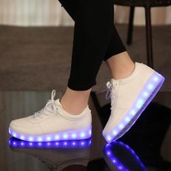 Кроссовки с LED-подсветкой