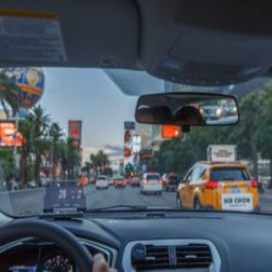 Head-Up-Display (HUD) HUDWAY Glass – бюджетное решение для любого автомобиля